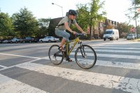jazda na rowerze przez miasto